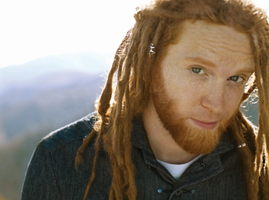 Newton_Faulkner-pic03_(c)Kayt_Jones