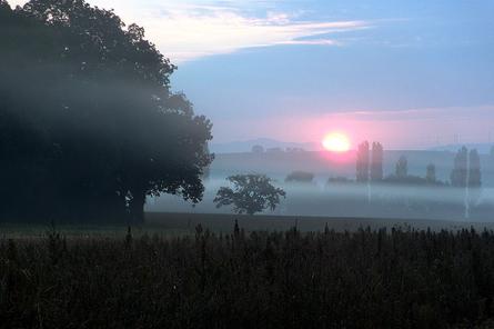 Sonnenaufgang-im-Herbst