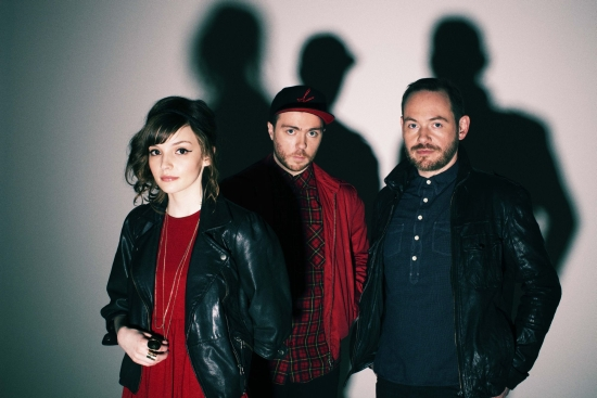 CHVRCHES_2_Eliot_Lee_Hazel